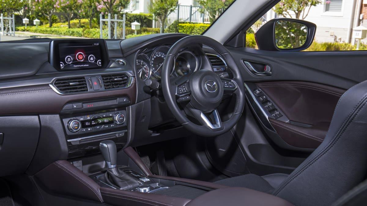 Mazda6 GT.