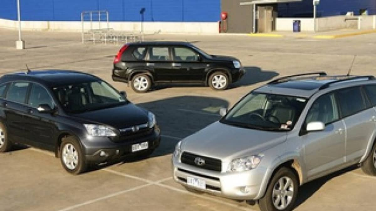 Honda CR-V Luxury vs Nissan X-Trail TI vs Toyota RAV4 Cruiser L