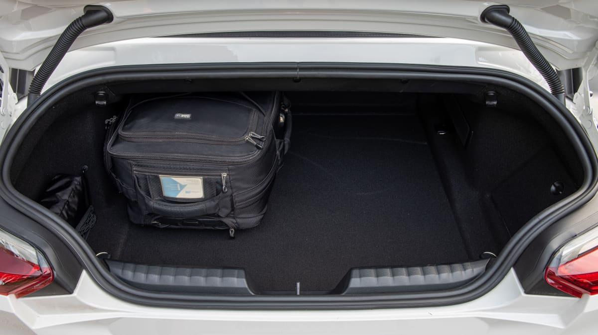 Luxury Review: BMW Z4 sDrive 30i-1
