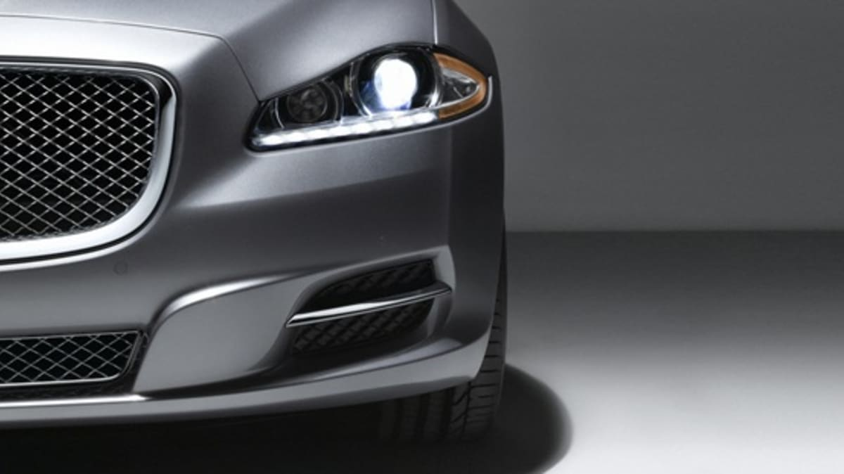 Jaguar XJ Limo Green Plug-In Hybrid On The Way
