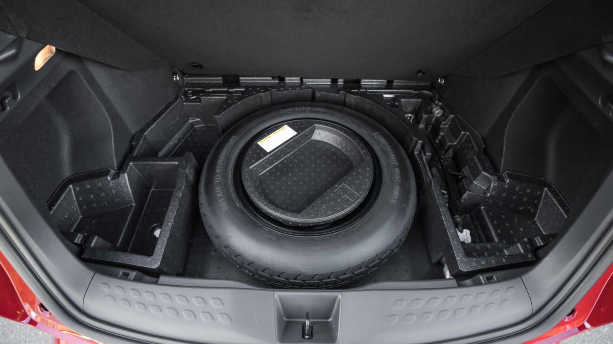 2021 Hyundai Kona N Line v Toyota C-HR GR Sport comparison-1
