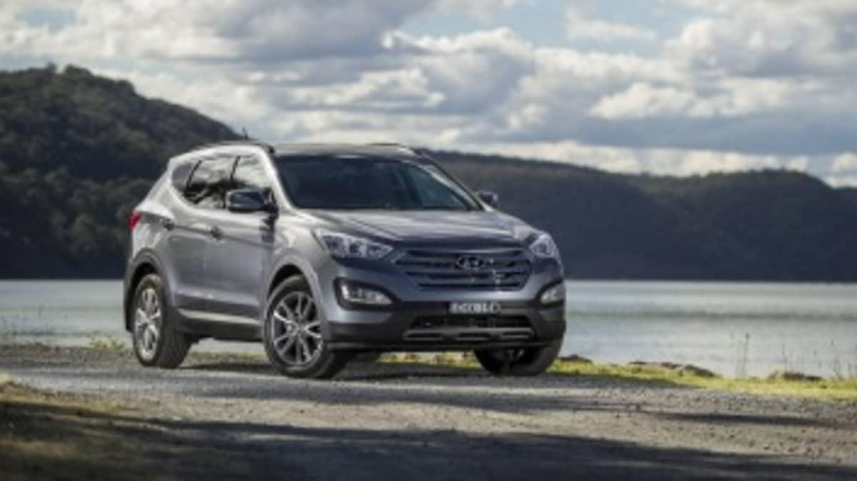 2013 Hyundai Santa Fe Elite.