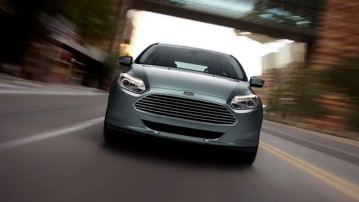 2012_ford_focus_electric_07