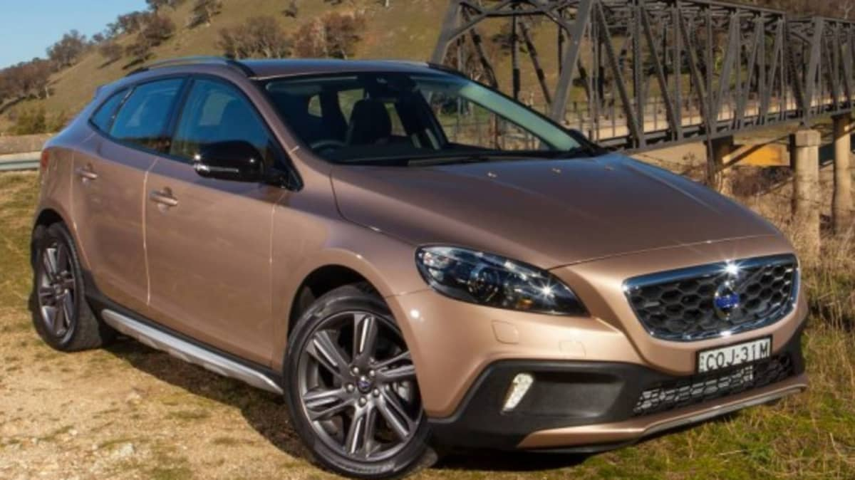 Volvo V40 Cross Country T5 AWD Launch Review