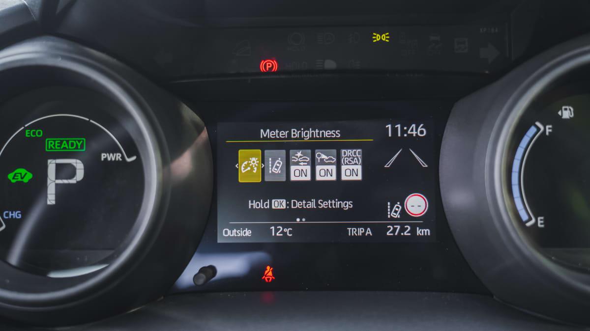 2021 Toyota Yaris Cross GX Hybrid 2WD review-2