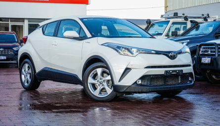 2018  Toyota C-HRWagon
