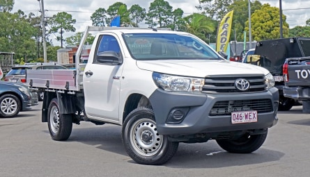 2015  Toyota Hilux Workmate Cab Chassis Single Cab