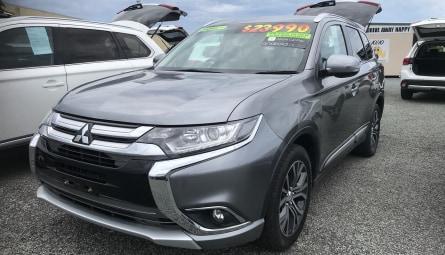 2017 Mitsubishi Outlander LS Safety Pack Wagon