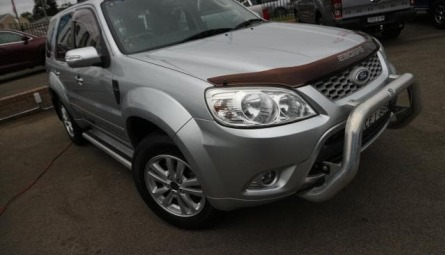 2011  Ford EscapeWagon