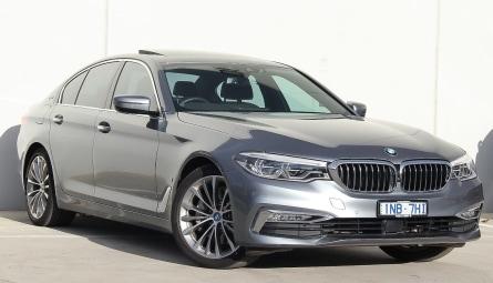 2019  BMW 5 Series 530e Luxury Line Sedan