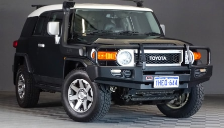 2013  Toyota FJ CruiserWagon