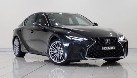 2020 Lexus IS IS300 Luxury Sedan