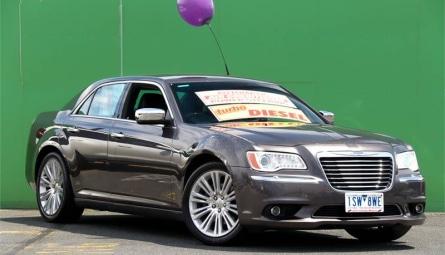 2014  Chrysler 300 C Luxury Sedan