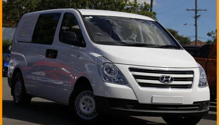 2017 Hyundai iLOADVan