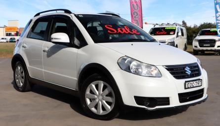 2012  Suzuki SX4 Crossover Hatchback