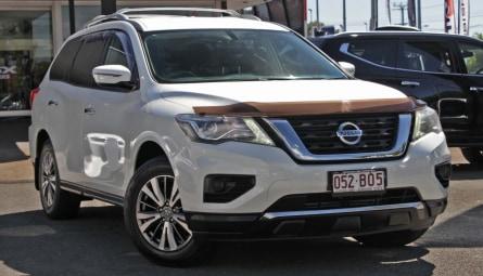 2017 Nissan Pathfinder ST Wagon