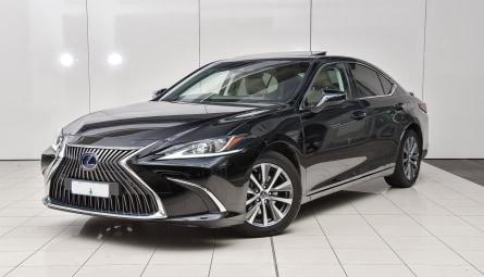 2020  Lexus ES Es300h Luxury Sedan