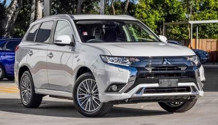 2020 Mitsubishi Outlander PHEV ES ADAS Wagon