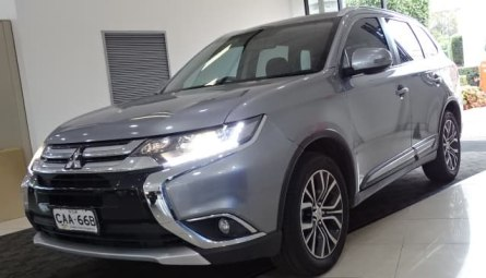 2015  Mitsubishi Outlander Ls Wagon