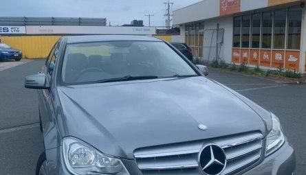 2011  Mercedes-Benz C200 C200 Cgi Classic Sedan