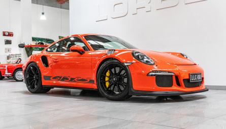 2015  Porsche 911 Gt3 Rs Coupe