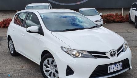 2013 Toyota Corolla Ascent Sedan