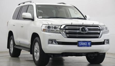 2021 Toyota Landcruiser Sahara Wagon