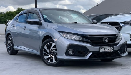 2017 Honda Civic VTi-S Hatchback
