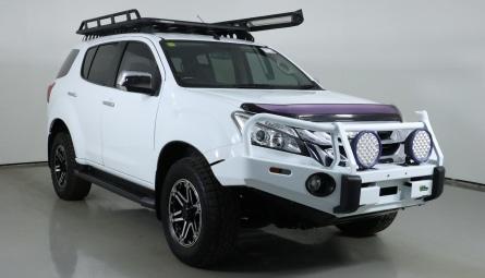 2016  Isuzu MU-X Ls-u Wagon
