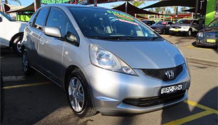 2010 Honda Jazz VTi Hatchback