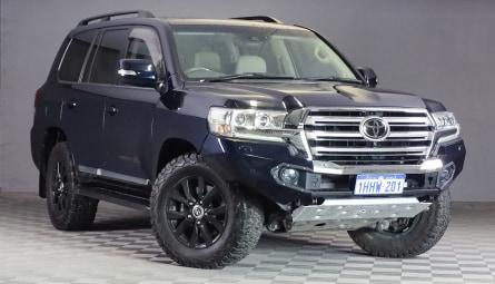 2016  Toyota Landcruiser Sahara Wagon