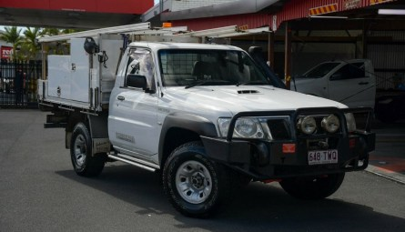 2009 Nissan Patrol DX Cab Chassis Single Cab