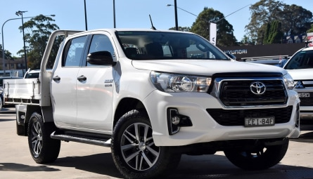 2019  Toyota Hilux Sr Cab Chassis Double Cab
