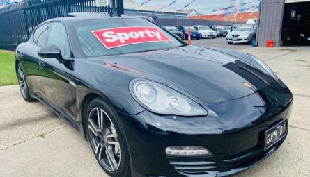 2011  Porsche PanameraSedan