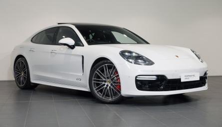 2018 Porsche Panamera GTS Sedan