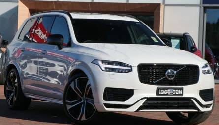 2020  Volvo XC90 Recharge Plug-in Hybrid Wagon