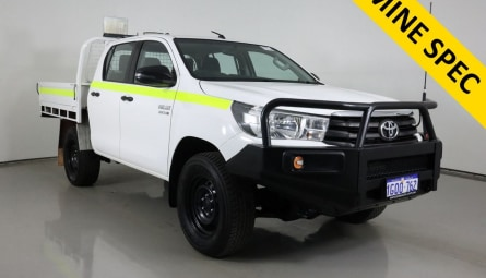 2018  Toyota Hilux Sr Cab Chassis Double Cab