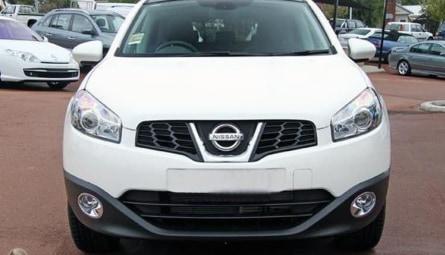 2010  Nissan Dualis Ti Hatch