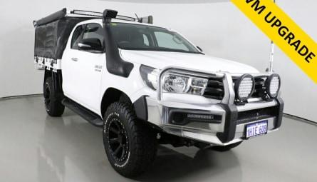 2017  Toyota Hilux Sr Utility Extra Cab