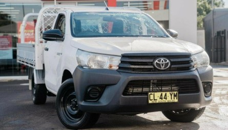 2017  Toyota Hilux Workmate Cab Chassis Single Cab