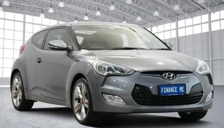 2013 Hyundai VelosterCoupe