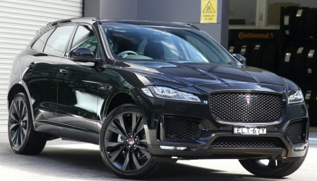 2020  Jaguar F-PACE 25t Chequered Flag Wagon