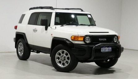 2012  Toyota FJ CruiserWagon