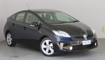 2015  Toyota Prius I-tech Liftback