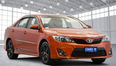 2014  Toyota Camry Rz Sedan