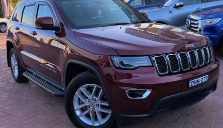 2017  Jeep Grand Cherokee Laredo Wagon