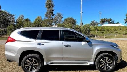 2017  Mitsubishi Pajero Sport Exceed Wagon