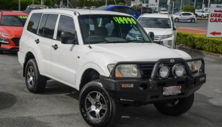 2002  Mitsubishi Pajero Gl Wagon