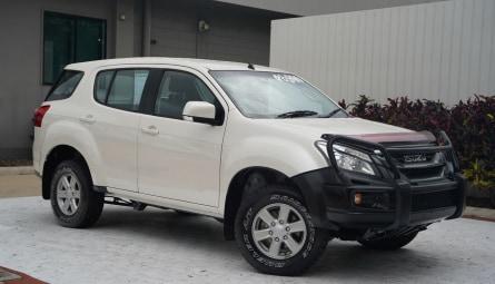 2017  Isuzu MU-X Ls-m Wagon