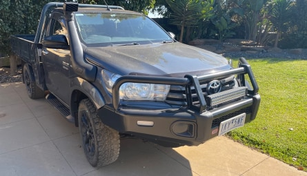 2017 Toyota Hilux SR Cab Chassis Single Cab